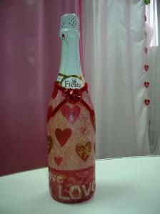 Декупаж бутылки на День Святого Валентина
