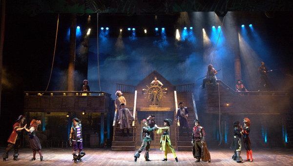 Спектакль Остров сокровищ в цирке Аквамарин 14 февраля 2013 года на День всех влюбленных