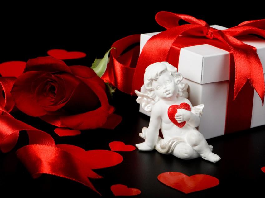 Что не стоит дарить на День Святого Валентина