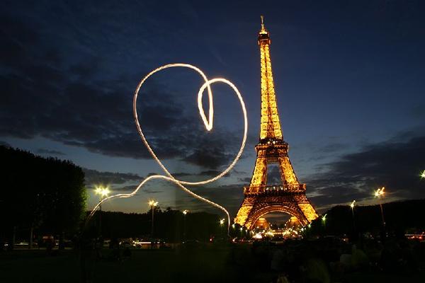 День св. Валентина в Париже