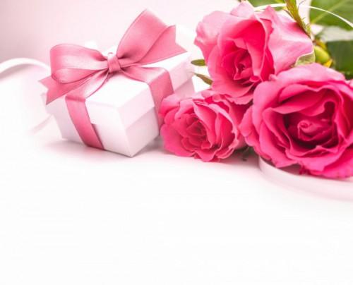 Что подарить девушке на День Святого Валентина1