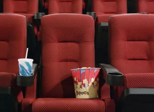 10 удачных идей хороших подарков на День святого Валентина билеты в кино