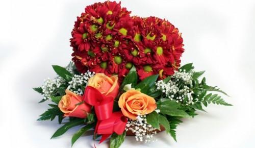 10 удачных идей хороших подарков на День святого Валентина цветы