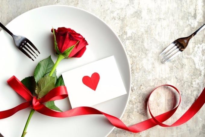День святого Валентина и ресторан: секреты взаимодействия. Часть 1.